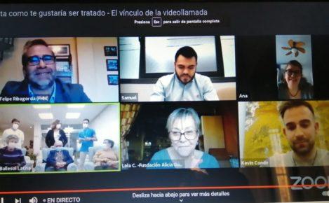 La videollamada da vida a los mayores de las residencias en el confinamiento